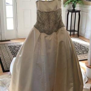 Reem Arca Wedding dress
